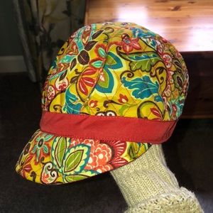 Like New Vera Bradley Hat ❤️💛